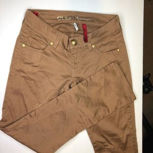 Guess Starlet Narrow Leg Brown Pants Size 24